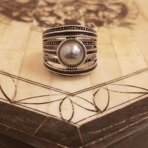 LIA SOPHIA Black & grey ring